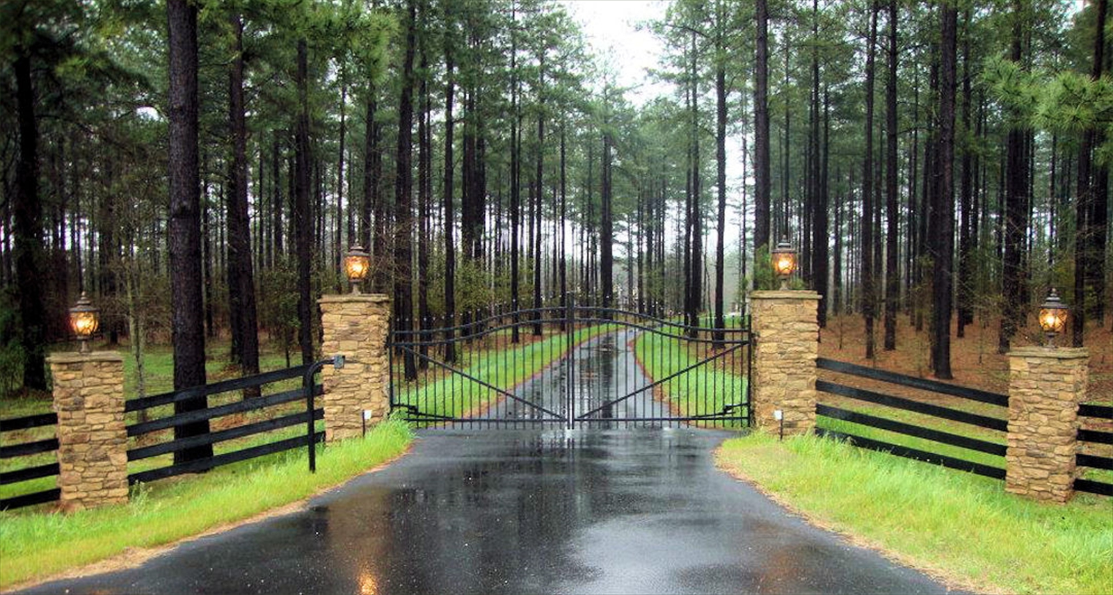 Estate Gate \u0026 4 Rail Fence & Akridge Fence: Wooden Yard Fencing | Wrought Iron Fences | Chain ...